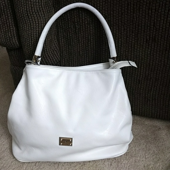 f5d0276564 Gussaci Handbags -  Sale  Gussaci Collection white shoulder bag